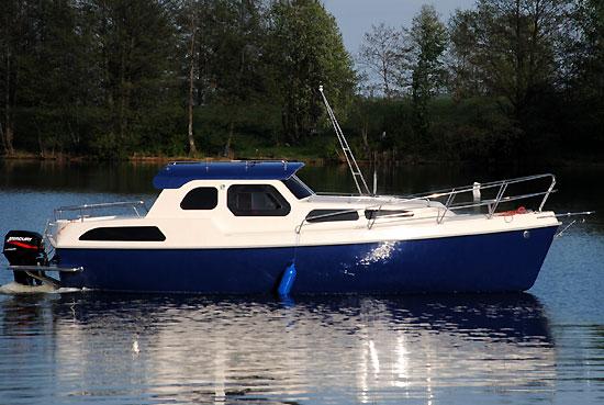 Czarter łodzi Motorowych Węgorzewo łódź Spacerowa Trend 27